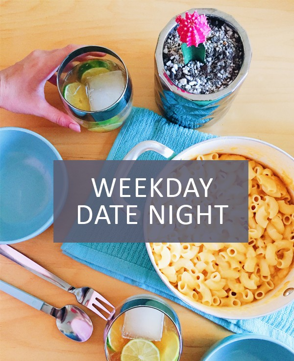 A quick and simple mac & cheese recipe with cocktails from Shaker & Spoon make for an easy weekday date night.