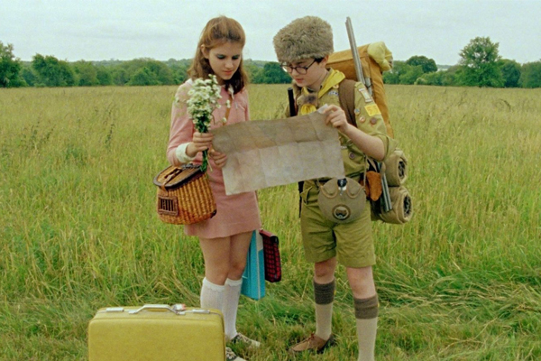 Some Monday Motivation and a tickle for your daydreams - the colors, 60s outfits and love story of Wes Anderson's Moonrise Kingdom.